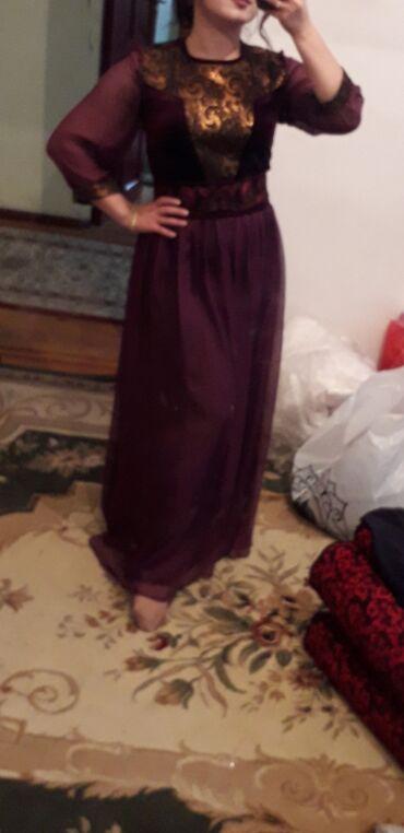 Платье дизайнерское. Очень красивое платье, сшитое из итальянского шел