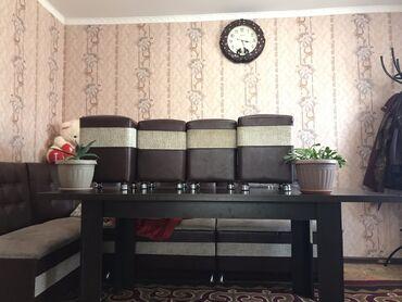 Комплекты столов и стульев - Кыргызстан: Кухонные уголок в новом состоянии, 4стулчик открывавшие