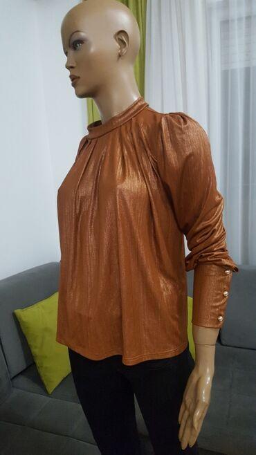 Bakarna bluza nikad nošena 600dinBordo duga košulja 650dinRoza HM