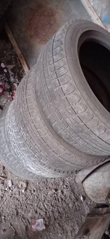 шины 215 55 17 в Кыргызстан: Продаю зима 215.55.17