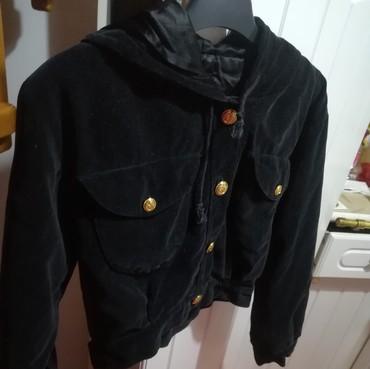 Prelepa jakna sa kapuljačom za devojčice vel.5-6god.. kao nova - Batajnica