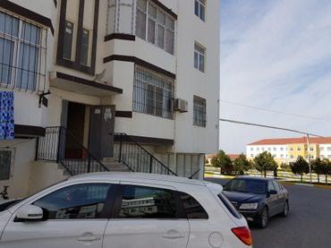 Bakı şəhərində Masazirda duz golunun duz yaninda. 5 mertebeli yeni tikili olan bina