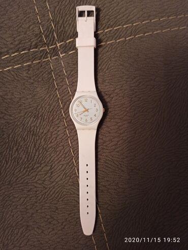 платье футляр голубое в Кыргызстан: Белые Женские Наручные часы Swatch