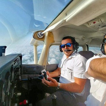 Become a pilot in 18 months σε Αθήνα
