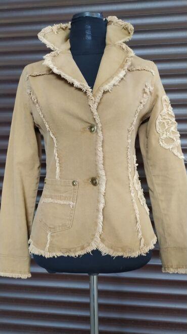 Женская одежда - Мыкан: Джинсовый жакетик, размер 42-44, цвет поярче чем на фото, состояние