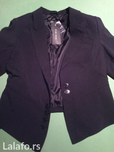 Sako-sa - Srbija: Nov! ženski crni sako strukiran sa snalicom pozadi donet iz njemačke