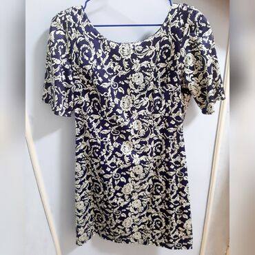 Личные вещи - Гавриловка: Продаётся вечернее платье футляр со съёмной юбкой, производство турецк