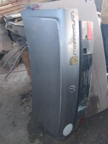 Крышка багажника Фольксваген Пассат б3 седан в Бишкек