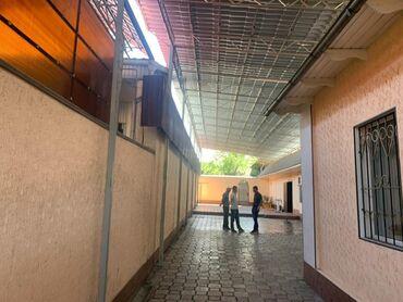 ������������������ ������ �� �������������� в Кыргызстан: 200 кв. м, 7 комнат, Утепленный, Подвал, погреб, Забор, огорожен
