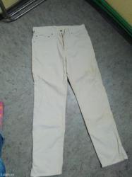 Ocuvane somot pantalone u bez boji broj 32 original levis.Dogovor - Batajnica