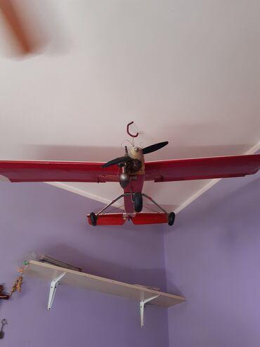 Rc avion - Srbija: Leteci avion sa motorom od 7 kubika