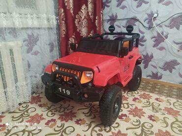 Детские машинки электромобили - Кыргызстан: Продаю детскую машинуПокупали не давноНе ездили почтиСостояние
