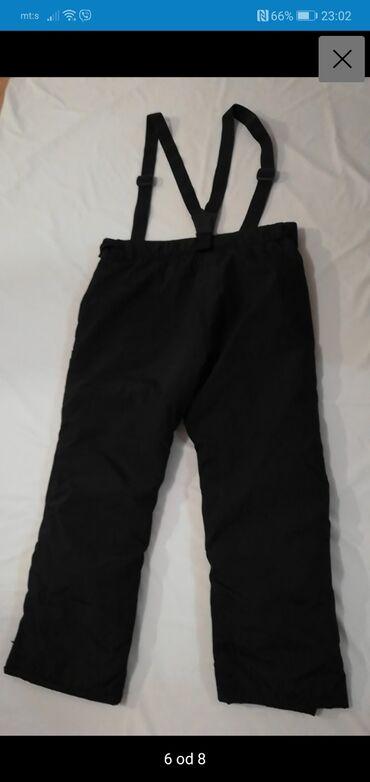 Pantalone size - Srbija: Nove vrhunske C&A skijaske pantalone, unisex model. Rezervna