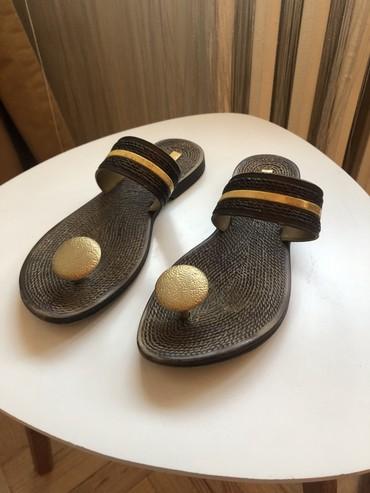 Predivne zenske papuce, broj 36, KAO NOVE, ove godine kupljene i vrlo - Pancevo