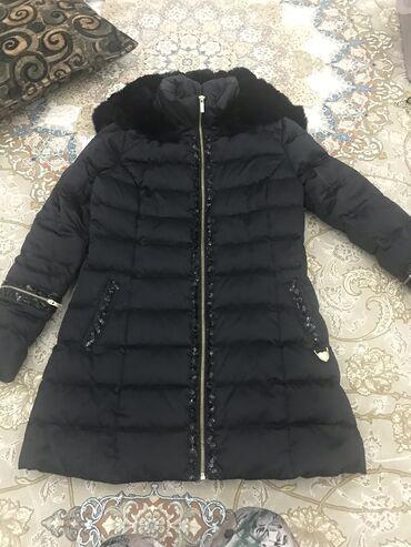 Продаётся куртка зимняя Размер s, капюшон мех кролика