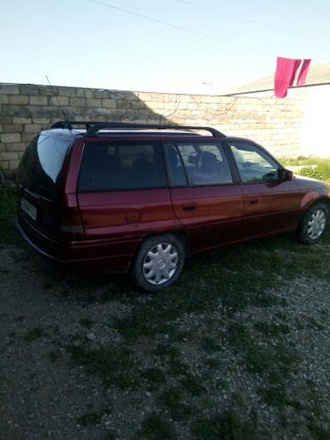 Xırdalan şəhərində Opel Astra 1992