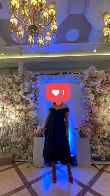 Дееееевочки, продаю классное платье (индивидуальный пошив) размер М. В