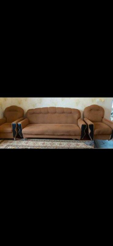 Дом и сад в Ахсу: Dest satilir 150azn acilmir baza yoxdu yaxsi veziyetde