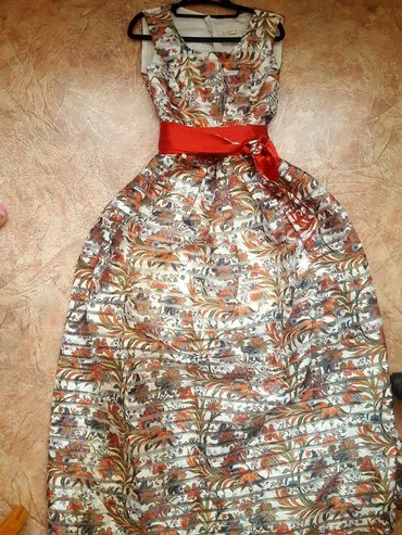 Красивое платье б. у в отличном состоянии турция размер 46-48р в Бишкек