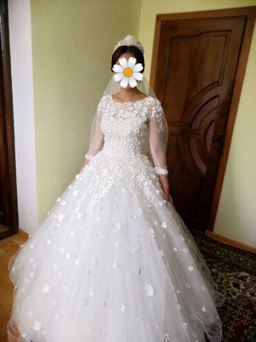 Продаю свадебное платье от Arzubek Vonama,(корона в подарок)