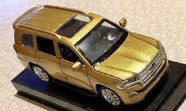 цветы живопись в Кыргызстан: Тойота - LAND CRUISER 200, 4WD, 1:32  Продаю масштабную копию : Toyota