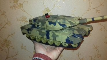 - Azərbaycan: Zaryatkali ve pultlu -Tank