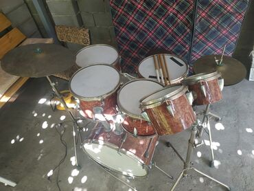 Барабаны - Бишкек: Барабанная установка ЭПОИМИ из СССР. Комплект:-Бас