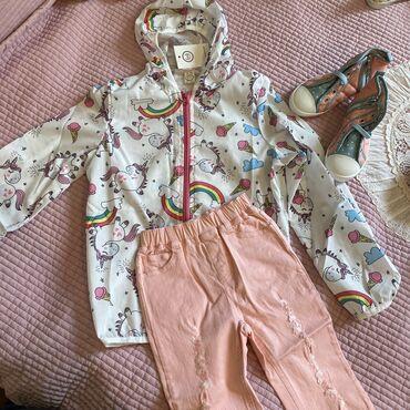 качественные детские вещи в Кыргызстан: Очень классные и стильные ветровки всего за 700 сом.джинсы очень