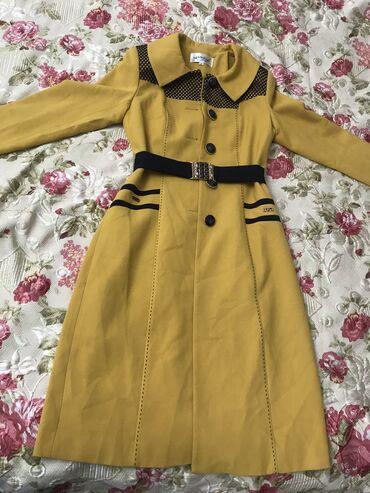 Женская одежда - Кызыл-Кия: Осенние весенние пальто,абсолютно новое, не одевала ни разу размер 34