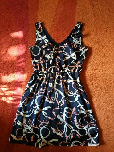 Sniženje!HM haljina 36, dobijena na poklon ali meni kratka. Kao