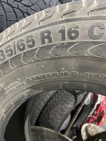 Продаю резину на Mercedes Rex 235/65/16C