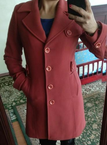 palto loreta в Кыргызстан: Пальто -Турция, фирма LORETA, на 44-46-48 размеры подойдет, в