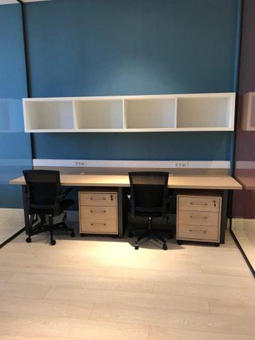 Bakı şəhərində Coworking formatında iş yerləri və ofislər icarəyə verilir.