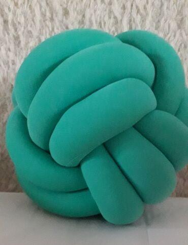 Jastuk klupko Jastuk neobicnog oblika ukrasice svaki prostor u kome se
