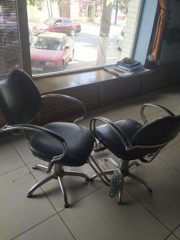 Кресла в Кыргызстан: Продаю! Б/У парикмахерское кресло дешево