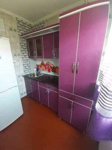 62 объявлений: Продаются кухонный гарнитур брала за 20тыс уступка будет и подставка