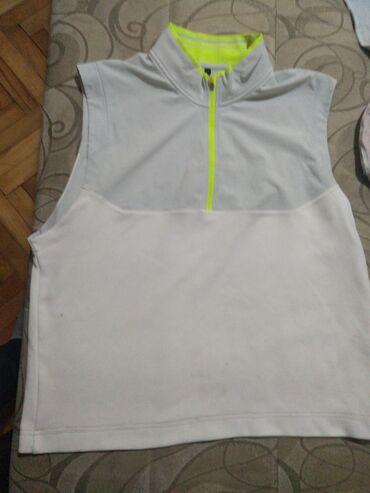 Nike majica - Srbija: Nike majca L vel, nema ostecenja. Original  Fixna je cena