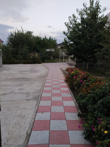 продам часть дома в Кыргызстан: Продам Дом 84 кв. м, 3 комнаты