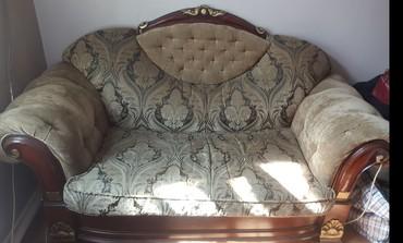 """старенький диван в Кыргызстан: Диван в классическом стиле. Брали в """"Лине"""". Стоил дорого. Качество"""