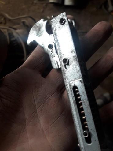 Петли навесы механизм от дверцы газовой или электро духовки 1 шт 100