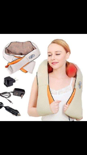 Сильными болями в шее и плечах, возникающие от долгого сидения в неудо