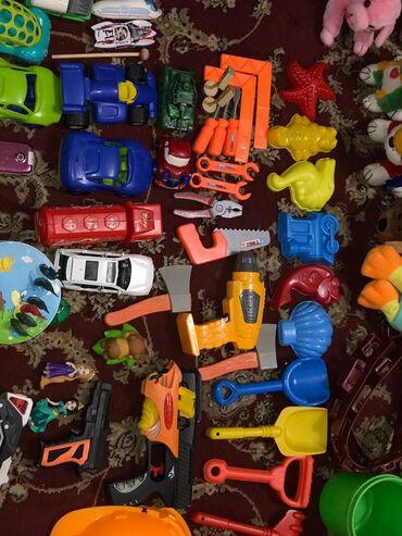 Продаю игрушки. Машинки и остальные игрушки с хорошего пластика