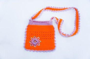 Продаю вязаные сумочки для девочек, можно под мобильный.. Ручная в Бишкек - фото 4