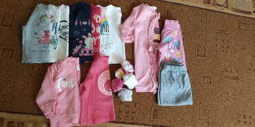 Paket odeće - Sivac: Paket za devojčice (8majica dugih rukava Vel 62,2 dukserice,jedna
