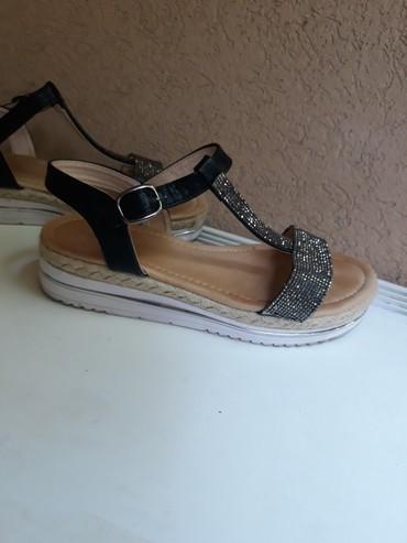 Udobne i lepe sandale, broj 38. Nosene samo jednom - Beograd