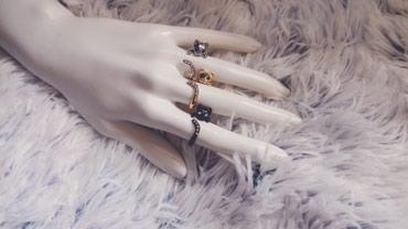 Prsten u obliku mačeta, podesive veličine u tri boje (crna, srebrna, - Pancevo