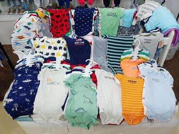 Детская одежда. Боди, бодики Картерс 24 мес., также шорты, футболки