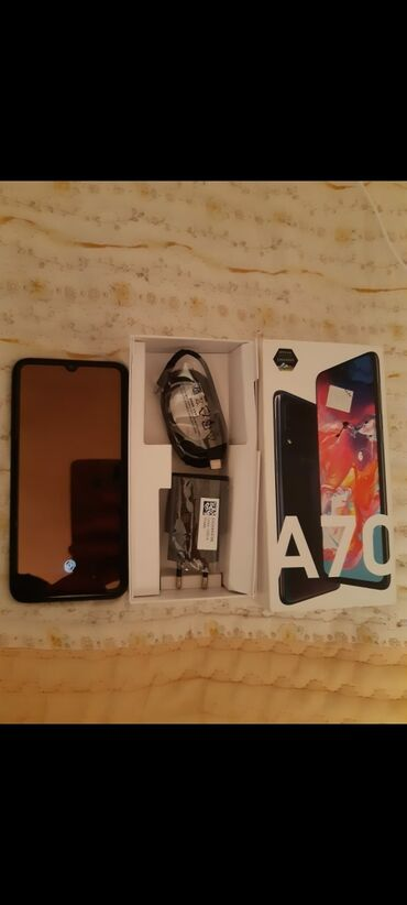 bmw 5 серия 540i mt - Azərbaycan: İşlənmiş Samsung A70 128 GB qara