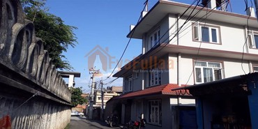 House having land area 0-3-3-1 of 2.5 floors, facing north, 11 feet in Kathmandu