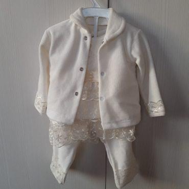 detskaja odezhda ot 0 do goda в Кыргызстан: Новый костюмчик для новорожденного 0 - 3 месяцтройка. (новый)тел